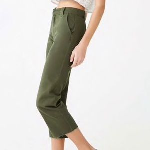 ✰ forever 21 contemporary raw hem crop pant ✰